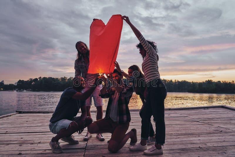Διαμορφωμένο καρδιά φανάρι στοκ εικόνα