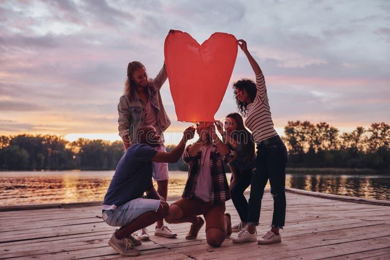 Διαμορφωμένο καρδιά φανάρι στοκ φωτογραφία με δικαίωμα ελεύθερης χρήσης