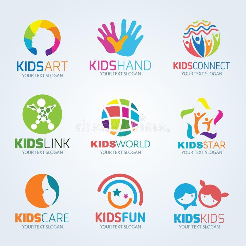 Διανυσματικό καθορισμένο σχέδιο λογότυπων παιδιών παιδιών