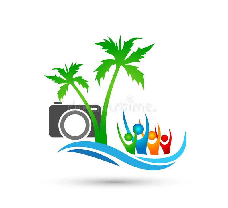 Διανυσματικό σχέδιο λογότυπων φοινίκων καρύδων θερινών παραλιών σημαδιών καμερών κυμάτων νερού διακοπών τουρισμού ξενοδοχείων δέν διανυσματική απεικόνιση