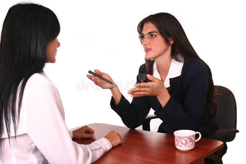 διαπραγμάτευση επιχειρηματιών στοκ εικόνες