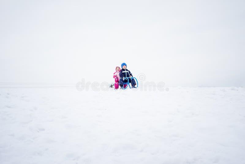 Διασκέδαση στις χειμερινές ` s διακοπές στοκ φωτογραφίες με δικαίωμα ελεύθερης χρήσης