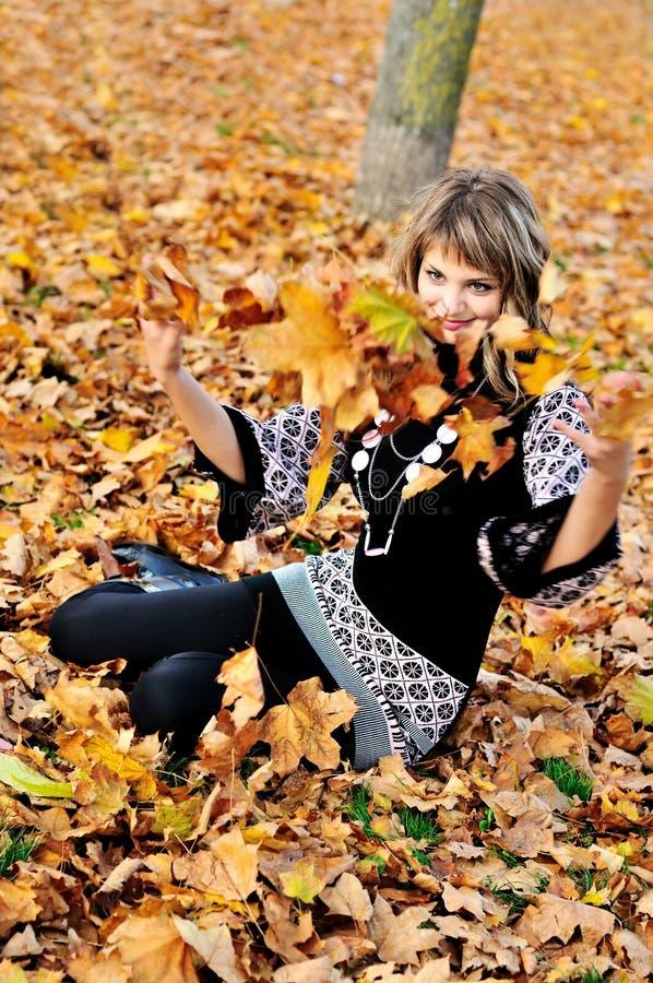 διασκέδαση φθινοπώρου στοκ φωτογραφία με δικαίωμα ελεύθερης χρήσης