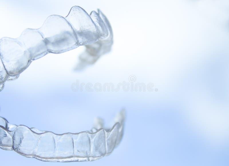 Διαφανές οδοντικό orthodontics διορθώσεων στοκ φωτογραφία με δικαίωμα ελεύθερης χρήσης