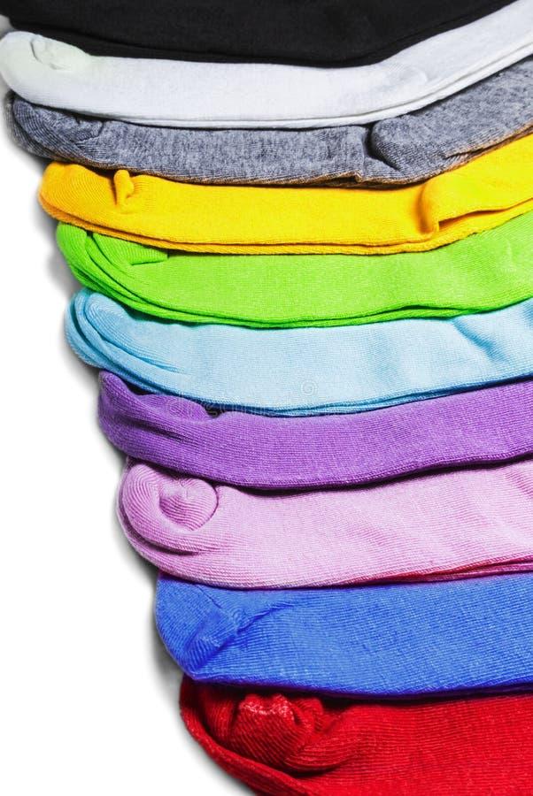Διαφορετικές κάλτσες χρώματος στο λευκό στοκ φωτογραφίες με δικαίωμα ελεύθερης χρήσης