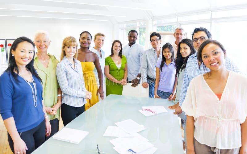 Διαφορετική ομάδα επιχειρηματιών στοκ εικόνες με δικαίωμα ελεύθερης χρήσης