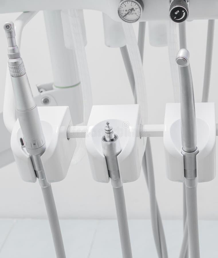 Διαφορετικός οδοντικός ιατρικού εξοπλισμού στοκ φωτογραφίες