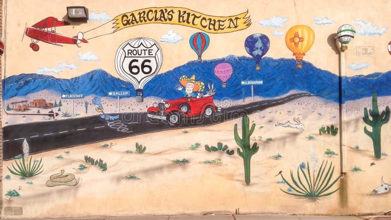 Διαδρομή 66: Η τοιχογραφία απεικονίζει τη στροφή offs για Flagstaff, θλ*γαλλuπ και Albu στοκ εικόνα