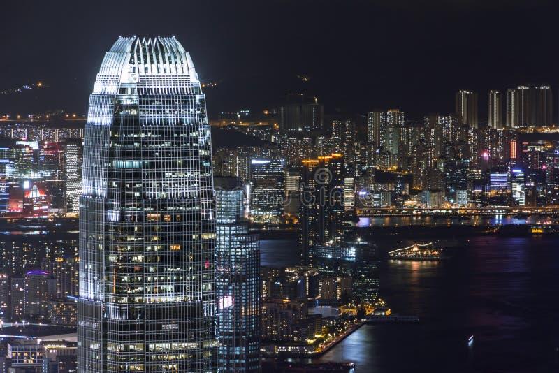 Διεθνές κέντρο χρηματοδότησης του Χονγκ Κονγκ τη νύχτα στοκ φωτογραφίες