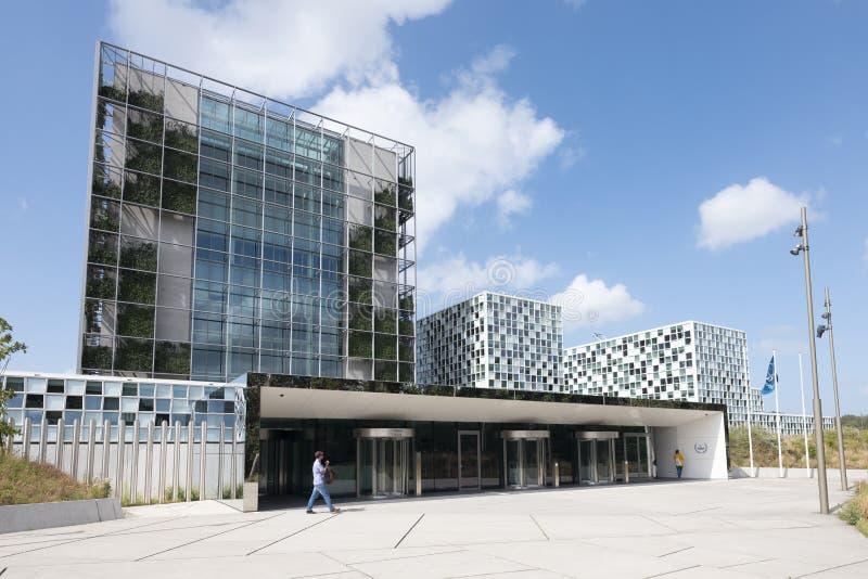 Διεθνές Ποινικό Δικαστήριο στη Χάγη κάτω από το μπλε ουρανό το καλοκαίρι στοκ φωτογραφίες