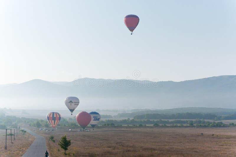 διεθνές montgolfeerie φεστιβάλ μπαλ&o στοκ εικόνες