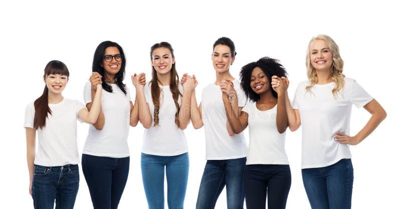 Διεθνής ομάδα ευτυχών χαμογελώντας γυναικών στοκ φωτογραφία με δικαίωμα ελεύθερης χρήσης