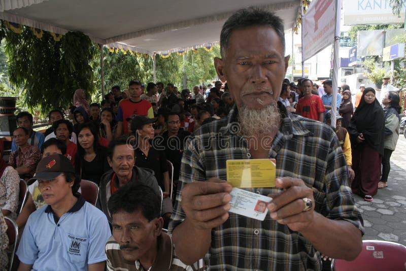 Δικαιούχοι μετρητών σειρών αναμονής στοκ φωτογραφία με δικαίωμα ελεύθερης χρήσης