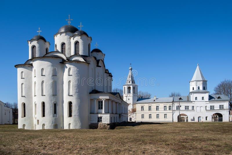 Δικαστήριο Yaroslav σε Veliky Novgorod Nikolo-Dvorishchensky καθεδρικός ναός, ένας σημαντικός ιστορικός τουριστικός χώρος της Ρωσ στοκ φωτογραφία με δικαίωμα ελεύθερης χρήσης