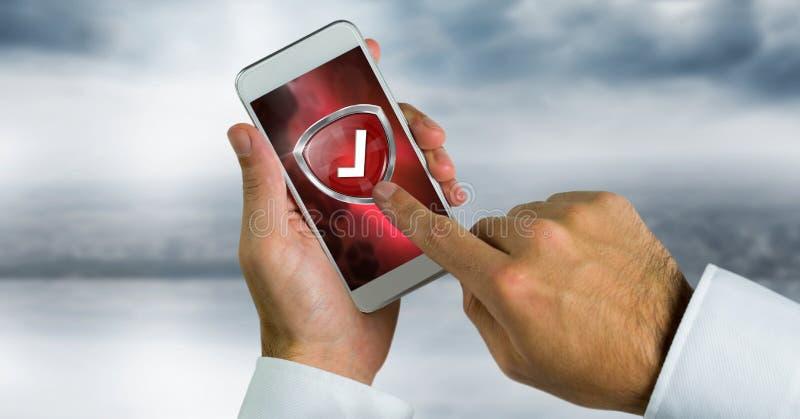Διορθώστε την ασπίδα κροτώνων στο τηλέφωνο και το χέρι σχετικά με το στοκ εικόνες