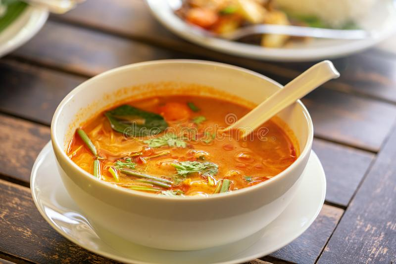 Διοσκορέα Kung, ταϊλανδική κουζίνα του Tom r Υπόβαθρο - άλλα ταϊλανδικά πιάτα στοκ φωτογραφία