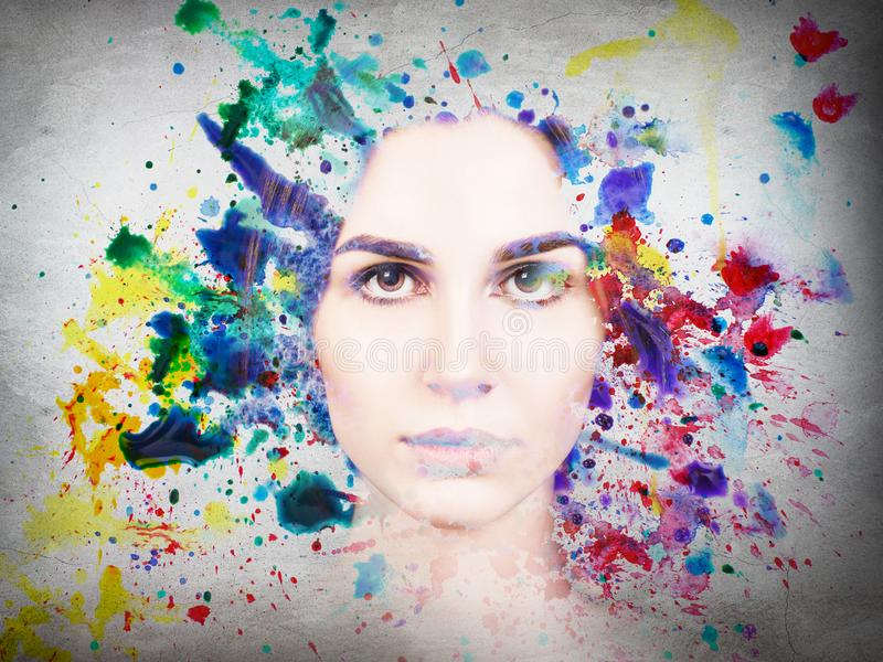 Διπλή έκθεση του χρώματος γυναικών και watercolor στοκ εικόνα με δικαίωμα ελεύθερης χρήσης