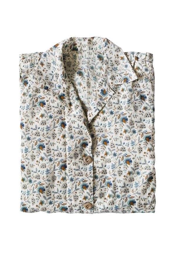 Διπλωμένη μπλούζα που απομονώνεται στοκ εικόνα