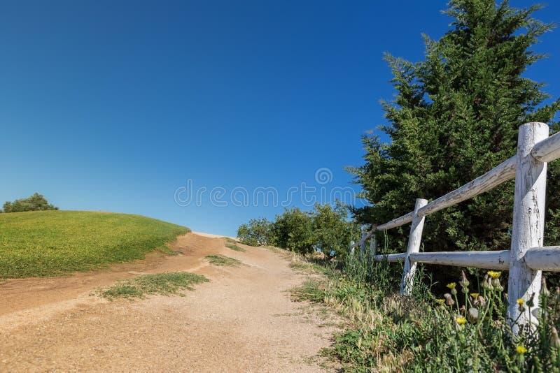 Διπλός φράκτης στο αγρόκτημα αλόγων στοκ φωτογραφία με δικαίωμα ελεύθερης χρήσης