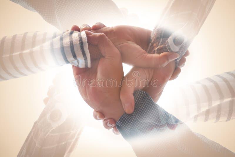 Διπλό χέρι ανθρώπων έκθεσης στοκ εικόνα