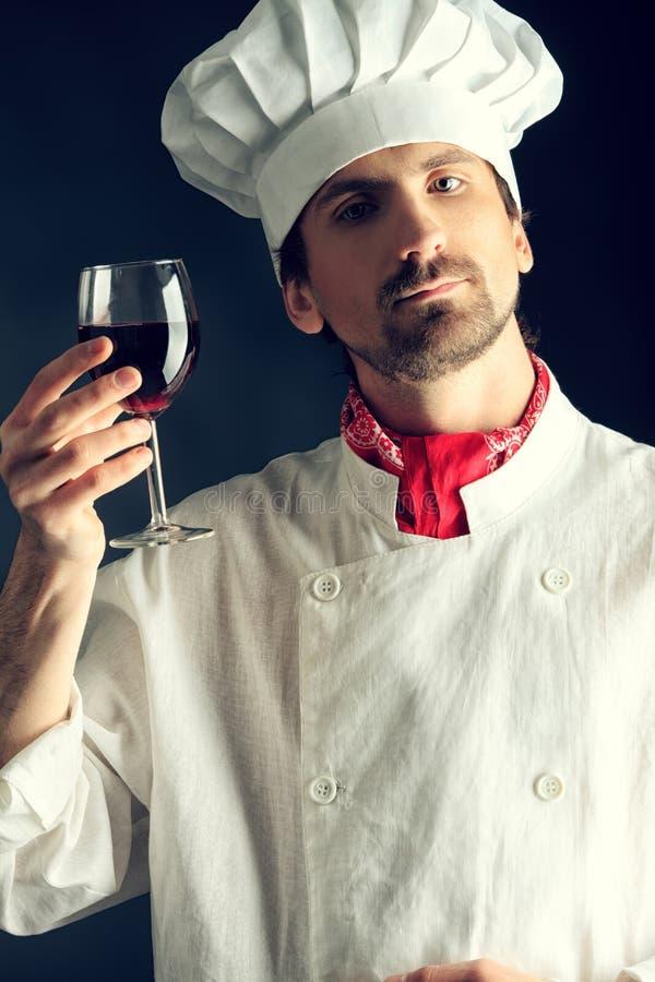 δοκιμάζοντας κρασί στοκ φωτογραφία με δικαίωμα ελεύθερης χρήσης