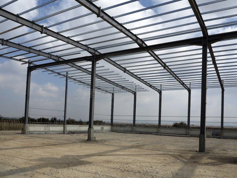 Δομές χάλυβα του βιομηχανικού κτηρίου στοκ φωτογραφίες με δικαίωμα ελεύθερης χρήσης
