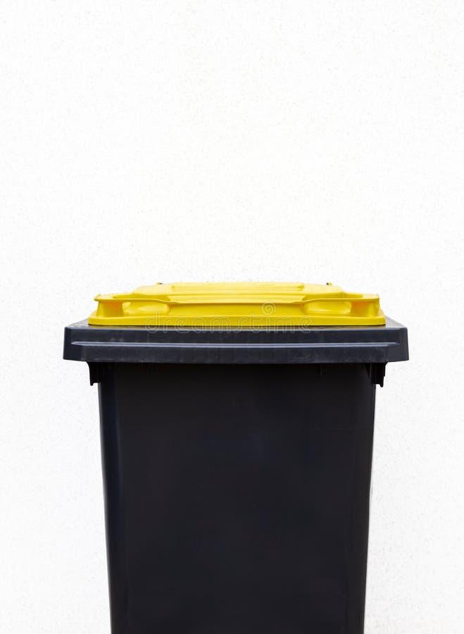 Δοχείο απορριμάτων για το πλαστικό στοκ φωτογραφία