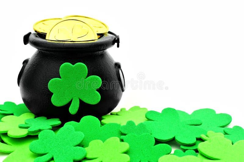 Δοχείο ημέρας του ST Patricks του χρυσού στοκ φωτογραφία με δικαίωμα ελεύθερης χρήσης