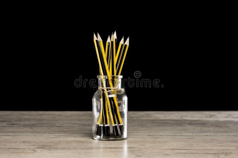 Δοχείο μολυβιών στοκ φωτογραφία με δικαίωμα ελεύθερης χρήσης