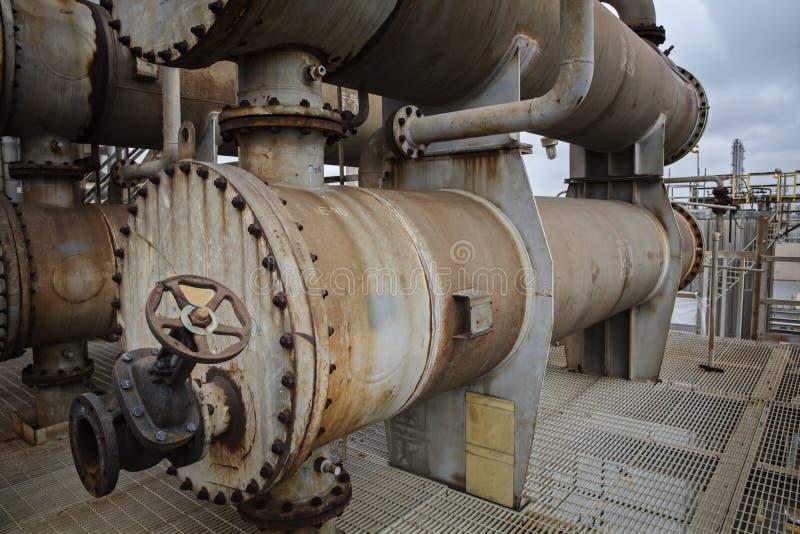 Δοχείο ψύξης ή ανταλλάκτης διαδικασίας για τις εγκαταστάσεις καθαρισμού ή το εργοστάσιο χημικής βιομηχανίας στοκ εικόνα με δικαίωμα ελεύθερης χρήσης