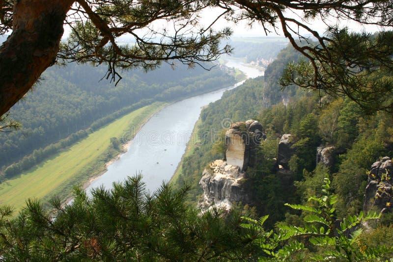 Δρέσδη Elbe κοντά στην κοιλάδα στοκ εικόνα