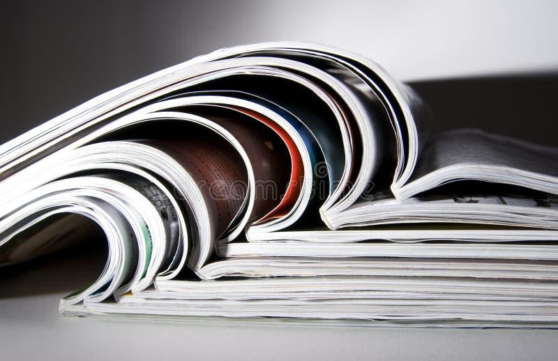 δραματικά ελαφριά περιοδικά μερικά στοκ εικόνες
