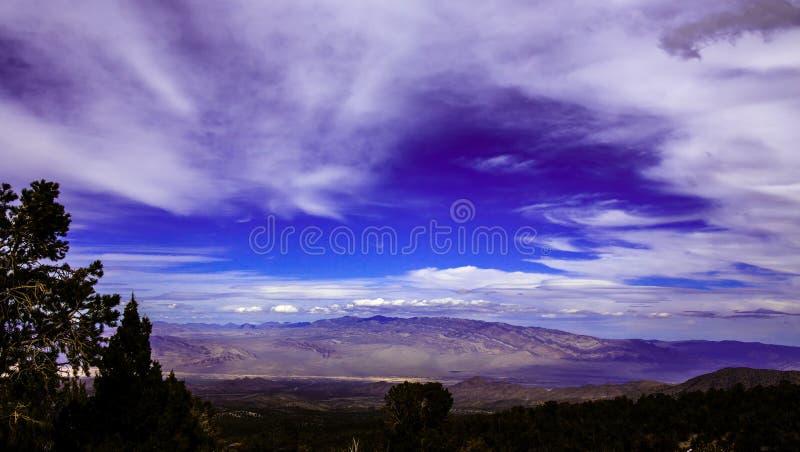 Δραματικός ουρανός στη Νεβάδα Περιοχή Muntain στοκ εικόνες με δικαίωμα ελεύθερης χρήσης