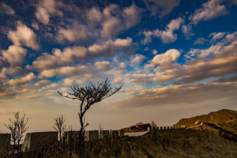 Δραματικός χρυσός ουρανός στοκ φωτογραφία με δικαίωμα ελεύθερης χρήσης