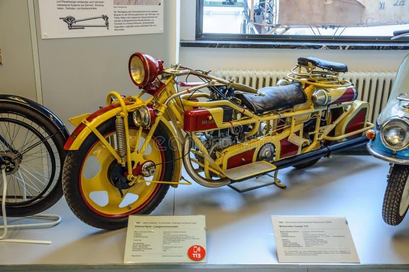 ΔΡΕΣΔΗ, ΓΕΡΜΑΝΙΑ - MAI 2015: μοτοσικλέτα Boehmerland - μακρύ μουσείο μεταφορών γύρου πρότυπο 1927 στη Mai 25, 2015 στη Δρέσδη, Γε στοκ φωτογραφία