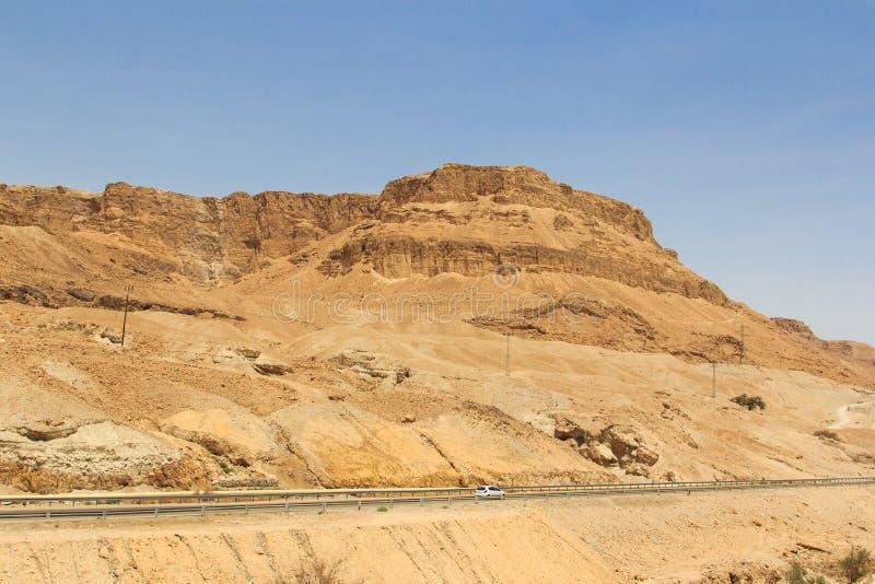 Δρόμος βουνών κοντά στη νεκρή θάλασσα στοκ εικόνες με δικαίωμα ελεύθερης χρήσης