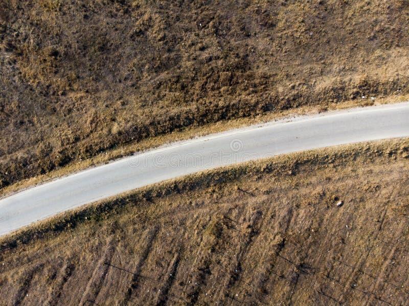 Δρόμος επαρχίας και εναέρια άποψη τοπίου στοκ εικόνα με δικαίωμα ελεύθερης χρήσης