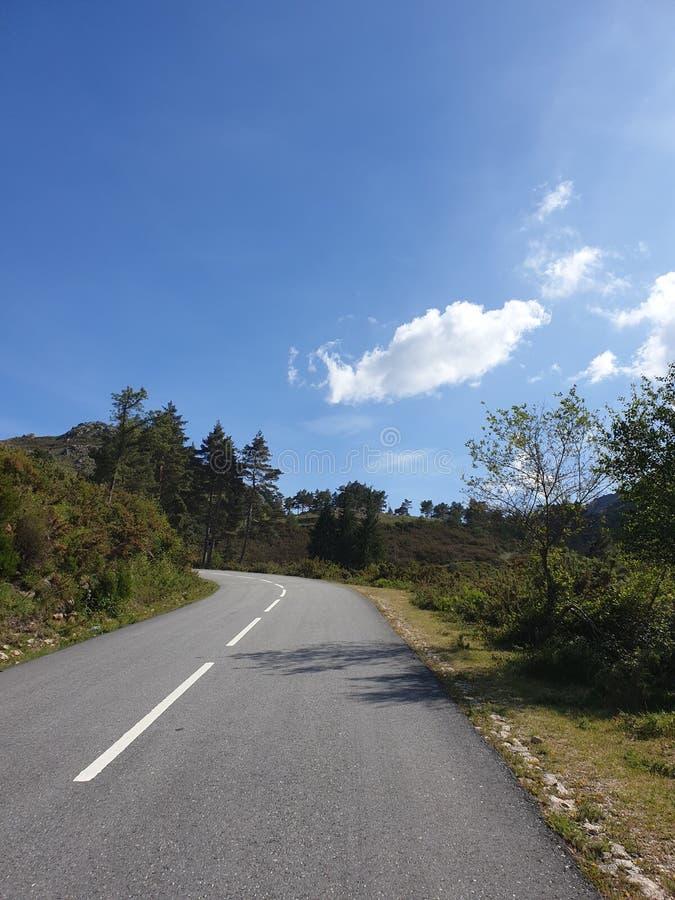Δρόμος κάπου στοκ εικόνες με δικαίωμα ελεύθερης χρήσης