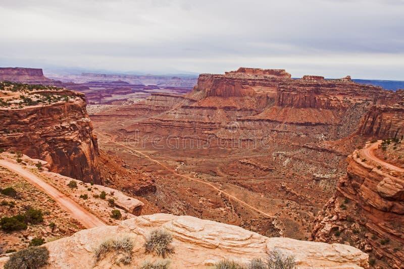 Δρόμος κοιλάδων Shafer που βλέπει από το εθνικό πάρκο Canyonlands στοκ φωτογραφία με δικαίωμα ελεύθερης χρήσης