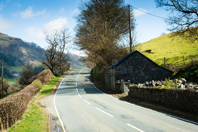 Δρόμος μέσω της επαρχίας της βόρειας Ουαλίας στοκ φωτογραφίες με δικαίωμα ελεύθερης χρήσης