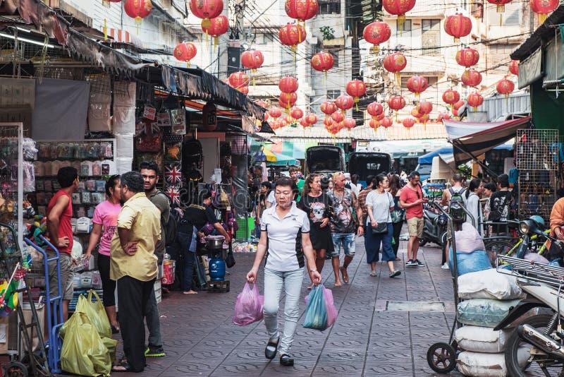 Δρόμος με έντονη κίνηση Chinatown, Μπανγκόκ, Ταϊλάνδη στοκ εικόνες