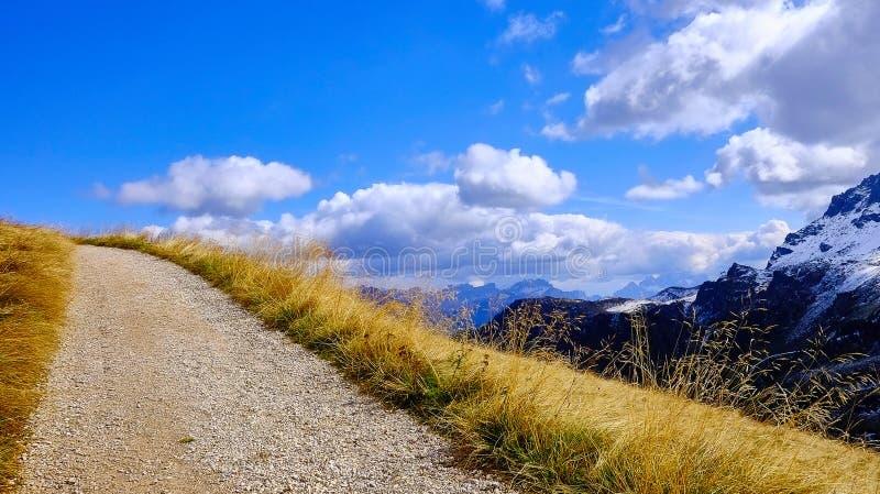 Δρόμος στα σύννεφα στοκ εικόνα