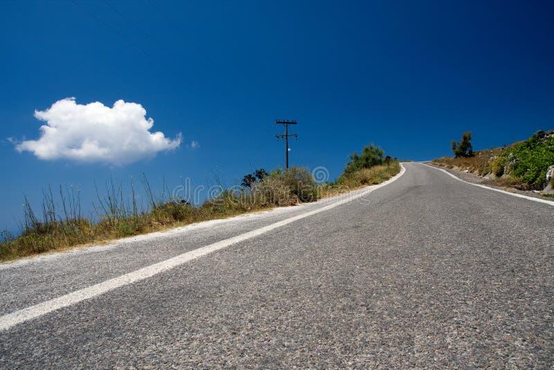 Δρόμος στους λόφους της Κρήτης, Ελλάδα στοκ φωτογραφία με δικαίωμα ελεύθερης χρήσης