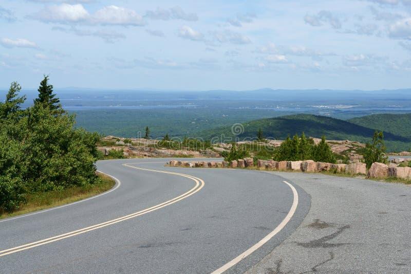 Δρόμος στο εθνικό πάρκο Acadia στο βουνό Cadillac στοκ φωτογραφία με δικαίωμα ελεύθερης χρήσης