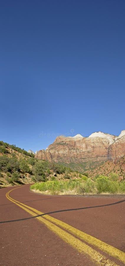 Δρόμος στο εθνικό parc Zion στοκ φωτογραφία με δικαίωμα ελεύθερης χρήσης