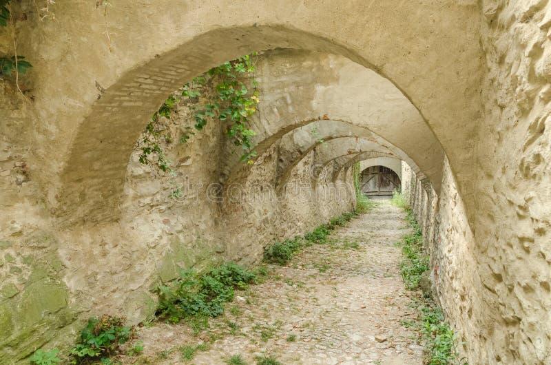 Δρόμος στο μπουντρούμι του Castle στοκ εικόνες με δικαίωμα ελεύθερης χρήσης