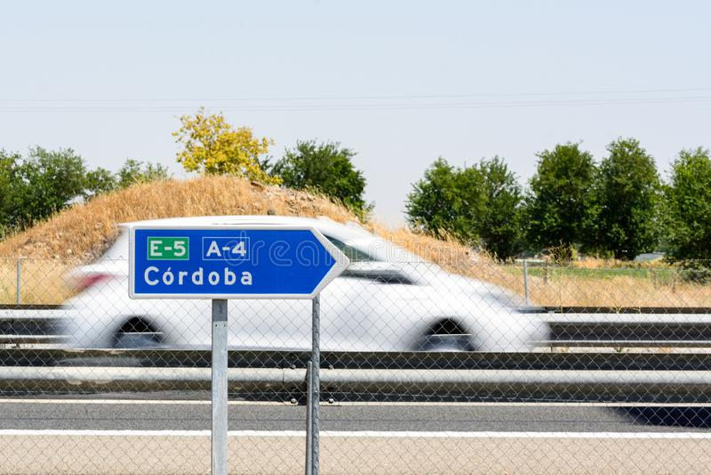 Δρόμος στο σημάδι της Κόρδοβα στο δρόμο στοκ εικόνες
