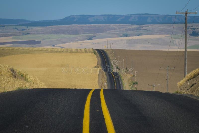 Δρόμος, τομείς σίτου, πολιτεία της Washington στοκ εικόνες