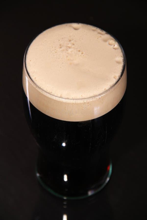 δυνατή μπύρα πιντών στοκ εικόνες