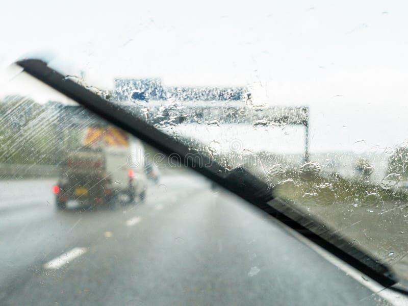 Δυσμενείς συνθήκες οδήγησης στοκ φωτογραφία με δικαίωμα ελεύθερης χρήσης
